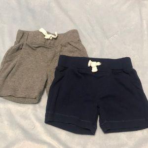 2 pairs of shorts